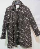 Thought Damen-Regenjacke, 100% Bio-Baumwolle(kbA), schwarz mit bunten Punkten